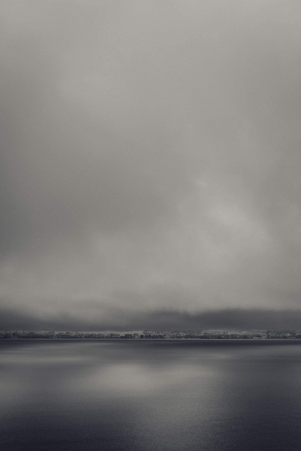 Blick auf den winterlichen Bodensee