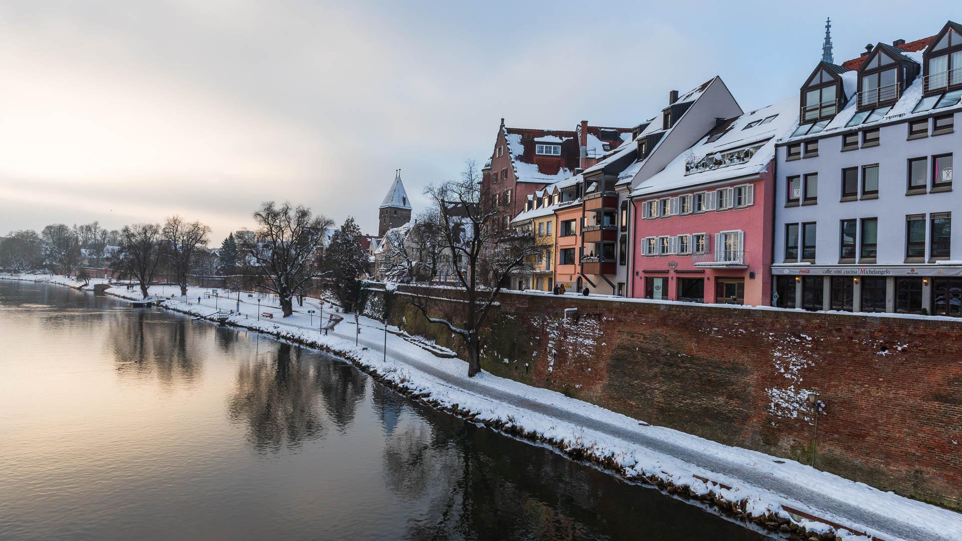 Entlang der Ulmer Stadtmauer im Winter