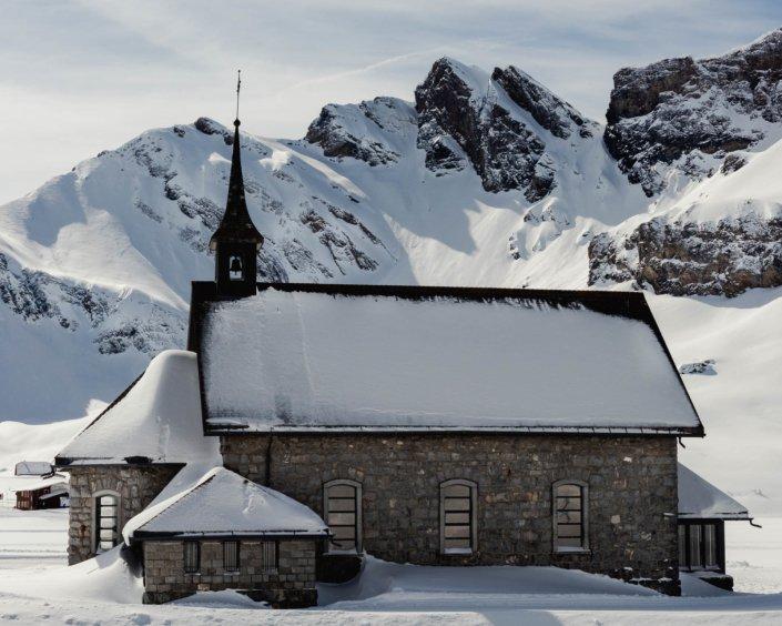 Kirche bei Engelberg Titlis